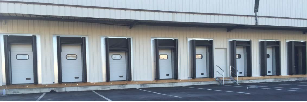 Porte sectionnelle pour l'industrie